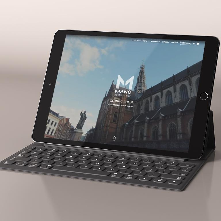 tablet-Mockup-made-marketing-portfolio-mano